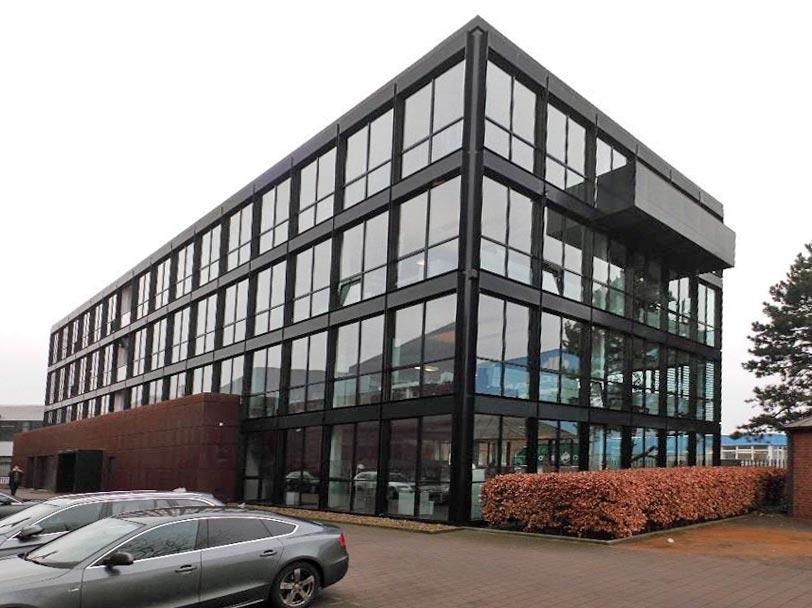 Bürogebäude in Bremen und Duisburg