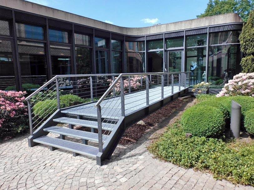 Bürogebäude in Hamburg an der Elbchaussee 370